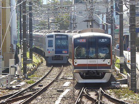 【史上初!】フルカラーLEDメトロ10000系の特急 入間市行き(2016入間航空祭臨時列車)