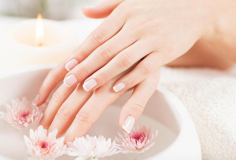 6 وصفات سحريات لتبيض وتنعيم بشرة اليدين وخلال وقت قصير جداً