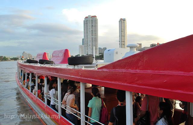 Asiatique Ferry Boat Service
