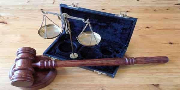 terkait hukum menguras tenaga pikiran dan uang