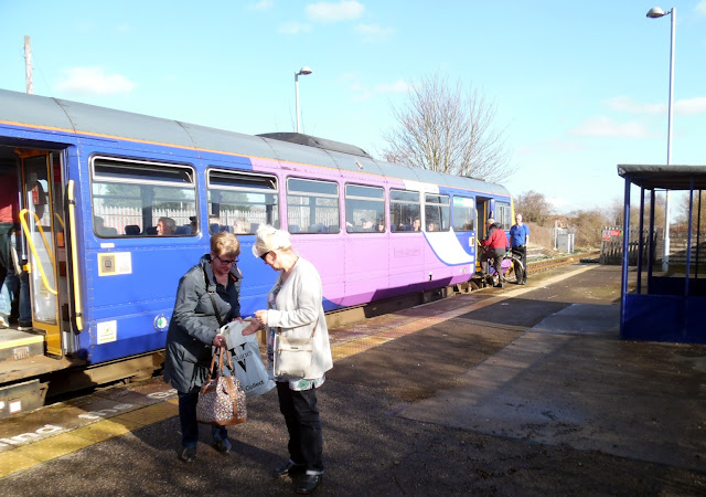 Passengers getting off a train at Brigg railway station - picture on Nigel Fisher's Brigg Blog