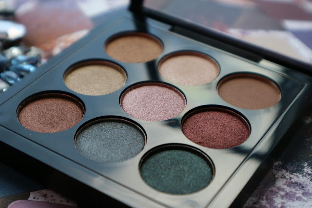 9 Colors Shimmer Eyeshadow Palette