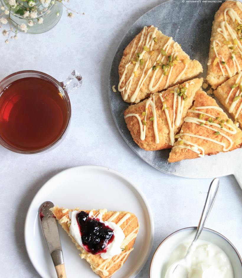 fluffy lemon scones | whatinaloves.com