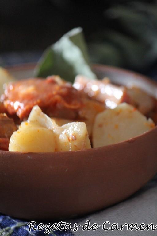 Patatas con costillas en crockpot