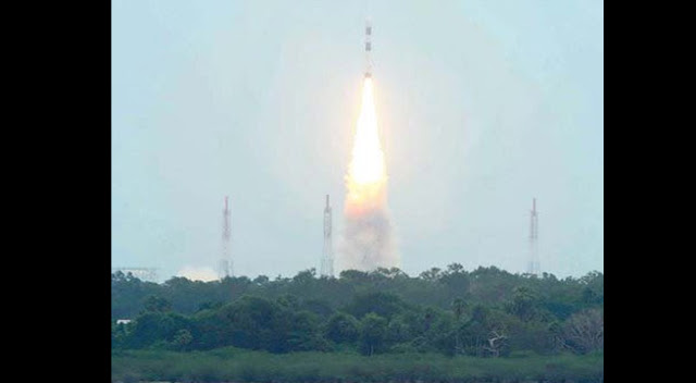 सार्क-satellite1