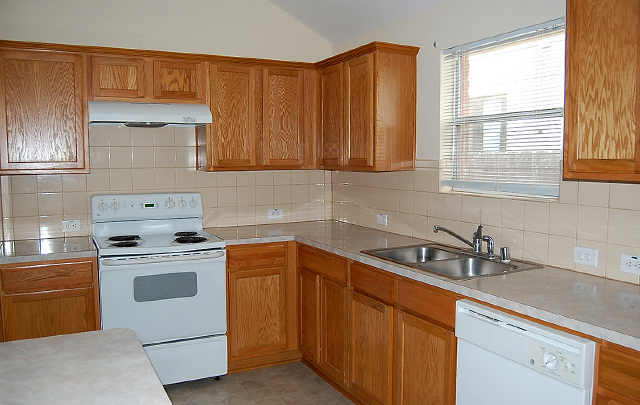 Small Kitchen Designs With White Appliances Home Interior