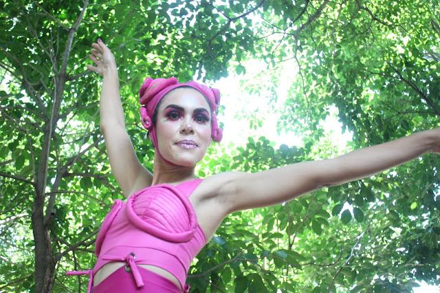 Artistas de circo se apresentaram em evento da escola Esfera em São Paulo.