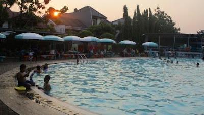 kolam renang palem pondok kelapa