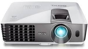 Proyektor LCD merupakan salah satu jenis proyektor yang digunakan untuk menampilkan video Pengertian Proyektor LCD dan Jenisnya