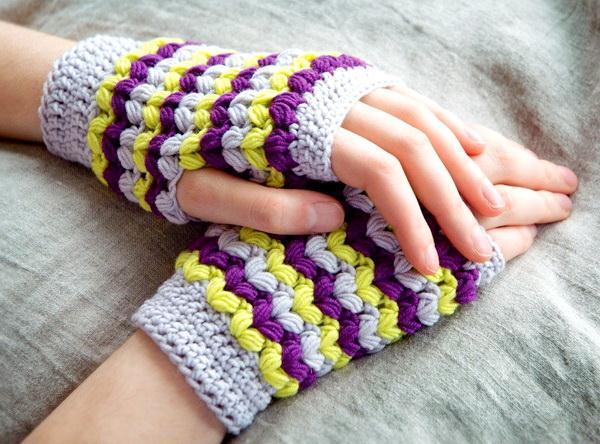 Crochet Fingerless gloves using puff stitch