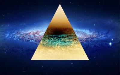 Triangle dans l'espace - Fond d'Écran en Full HD 1080p