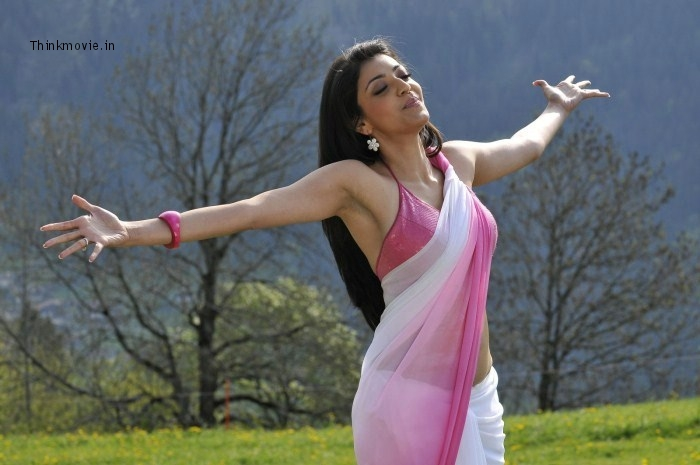 KAJAL AGARWAL HOT SEXY ARMPITS-KAJAL HAIRY DARK UNDER ARMS