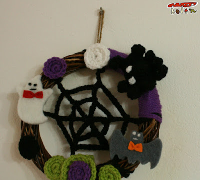手編みハロウィンリース