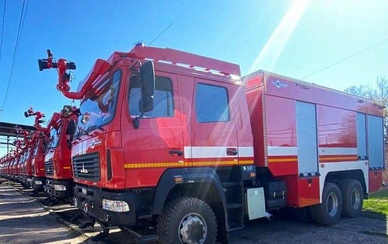 Арсенали ЗСУ отримають 25 важких пожежних автоцистерн