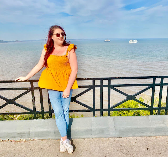 Plus size blogger The Owlet watching cruise ships in Torquay