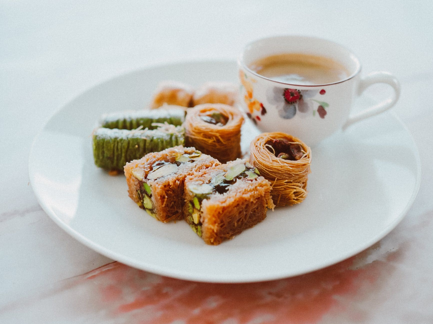 Method of action of Turkish cold baklava