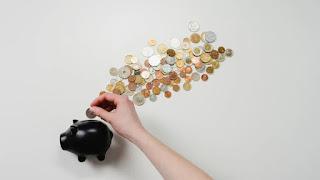 धन का उपयोग Use of money