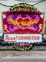 bunga papan pernikahan, bunga ucapan selamat, toko karangan bunga, toko bunga jakarta, toko bunga, florist jakarta, karangan bunga happy wedding, bunga papan grand opening