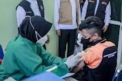 Gubernur Khofifah Pantau Pelaksanaan Vaksinasi Pelajar di Jember