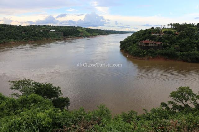 Marco das Três Fronteiras - Rio Paraná e Rio Iguaçu