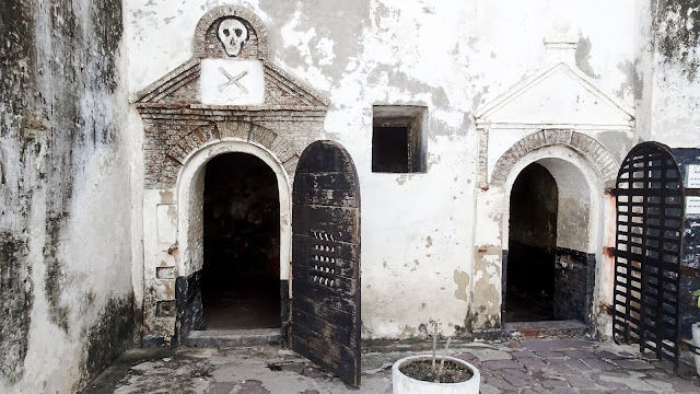 The horror cell of Elmina.