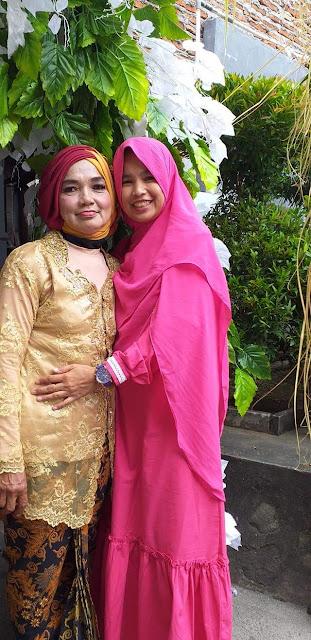 Aku Dan Ibu