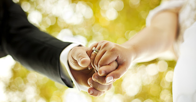 Ciri Pasangan yang Tidak Yakin Untuk Menikah