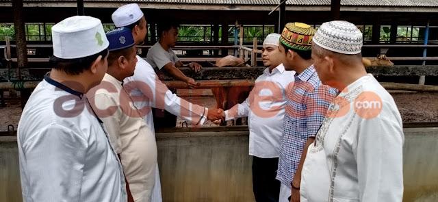 Yusriadi Sumbang 1 ekor Sapi di Mesjid Al Furqan Gampong Lhok awe Bireuen
