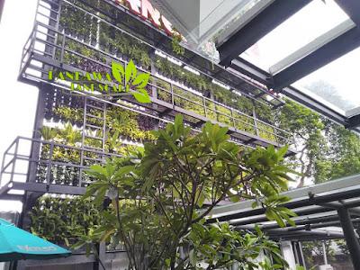 Vertical garden jakarta selatan