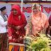 Festival Marandang di Payakumbuh, Istri Gubernur Sumbar Nevi Irwan Prayitno Ikut Makan Bajamba