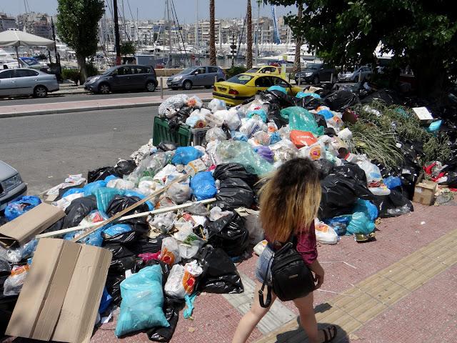 Γ. Μανιάτης: Υγειονομική βόμβα τα σκουπίδια της Αττικής