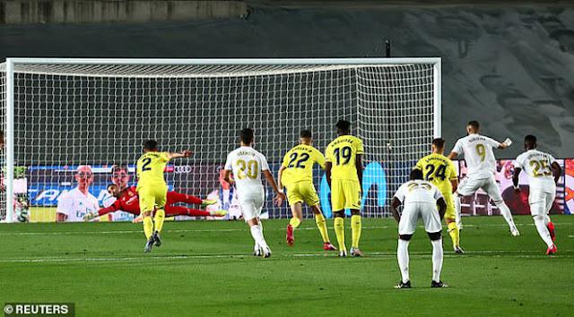 """Real Madrid vô địch La Liga lần thứ 34: Rực rỡ Zidane và """"gà son"""" Benzema 5"""