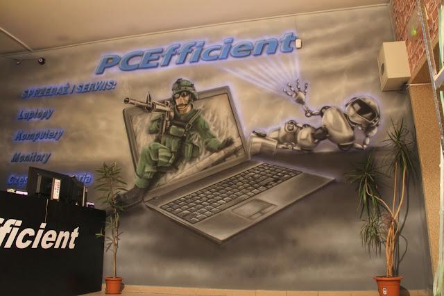 Malownie sklepu komputerowego farbami uv, mural świecący w ciemności