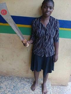Photos: Ogun State woman attacks husband with a cutlass for planning to marry a second wife