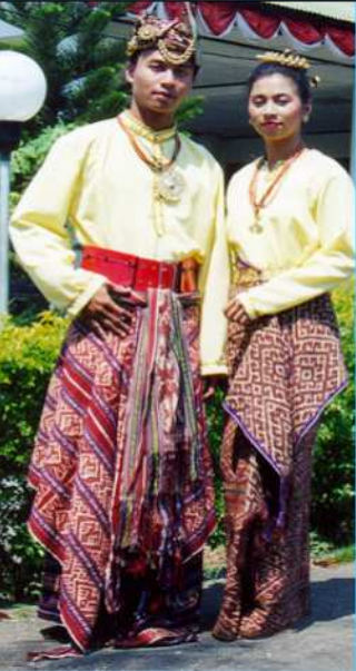 Pakaian Adat Nusa Tenggara Timur (NTT) - BudayaKita