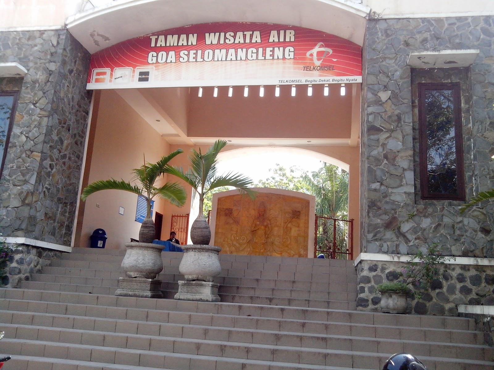 Taman Wisata Air Goa Selo Mangleng