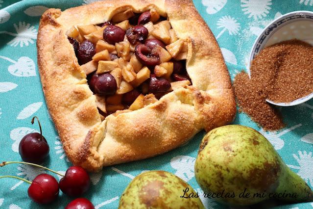Galette de peras y cerezas