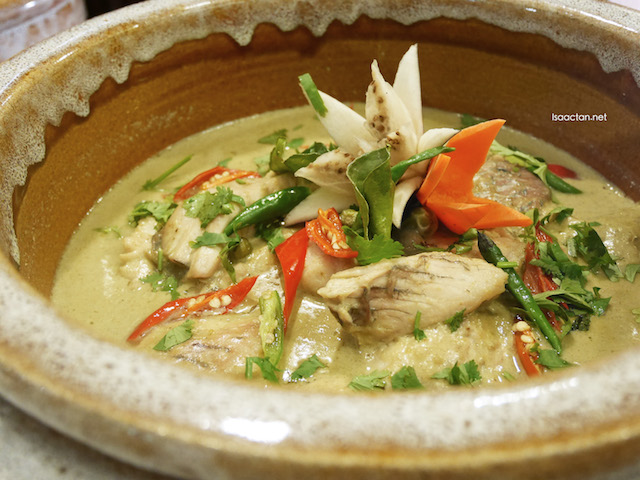 Green Curry with Fish and Eggplant (Thailand)