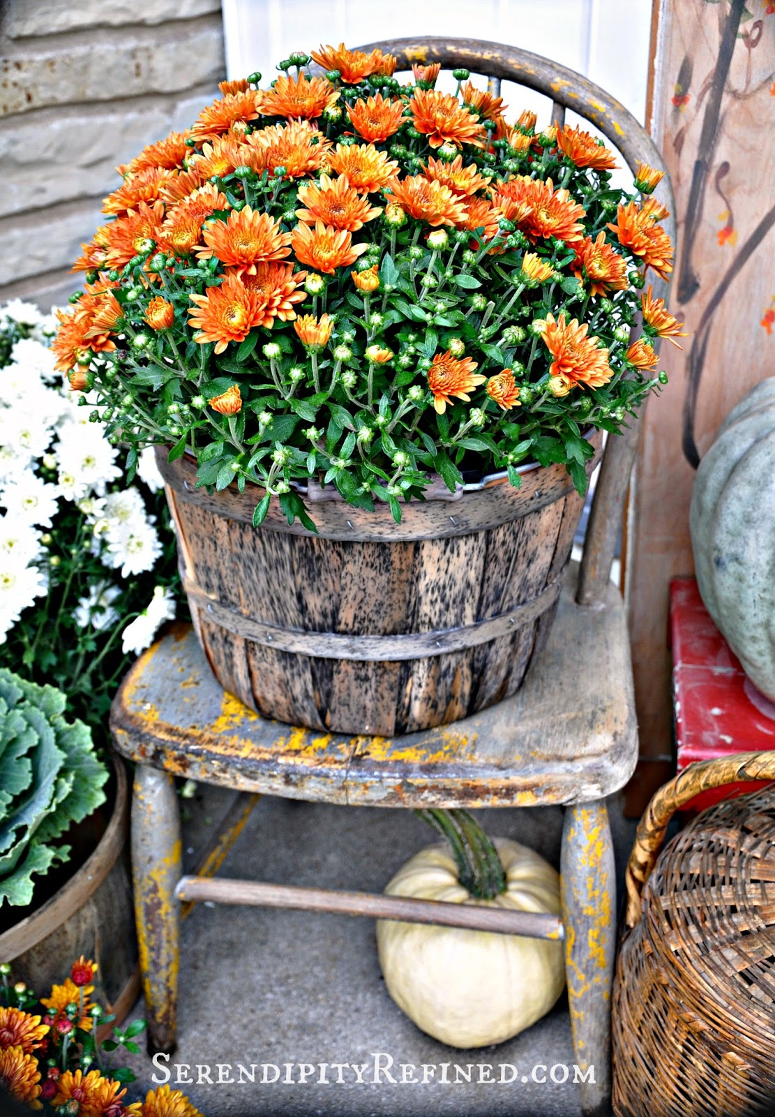 Decorating Around Harvest Gold Bathroom: Serendipity Refined Blog: Fall Harvest Porch Decor With