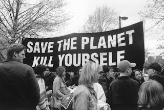 save the planet kill yourself the contentious history of the church of euthanasia 511 body image 1445475661 size 1000 Agama dan Kepercayaan teraneh di dunia