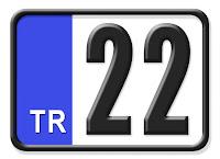 Edirne ilinin plakası olan 22 kodunu gösteren küçük plaka