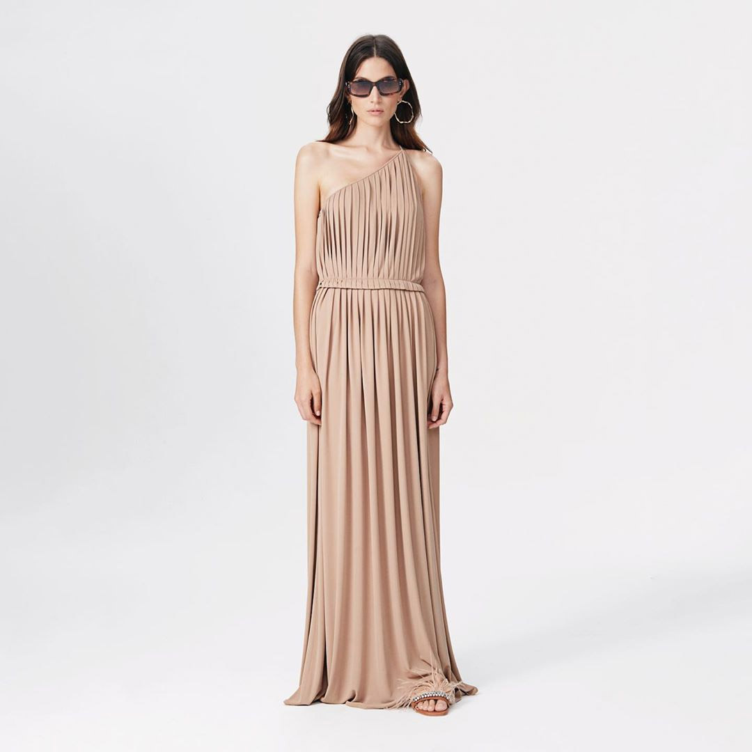Vestidos primavera verano 2020 moda mujer. Moda primavera verano 2020.