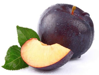 Efficacy and benefits plums fruit
