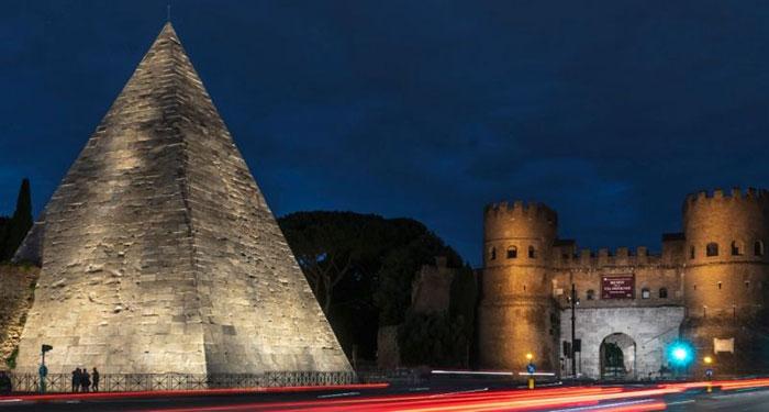 Piramida Romawi
