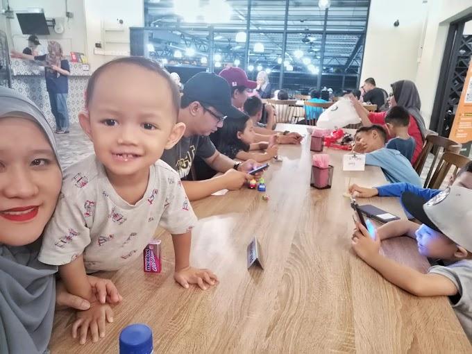 MAKAN BESAR DENGAN FAMILY IN LAW DI SATE RONO KAJANG