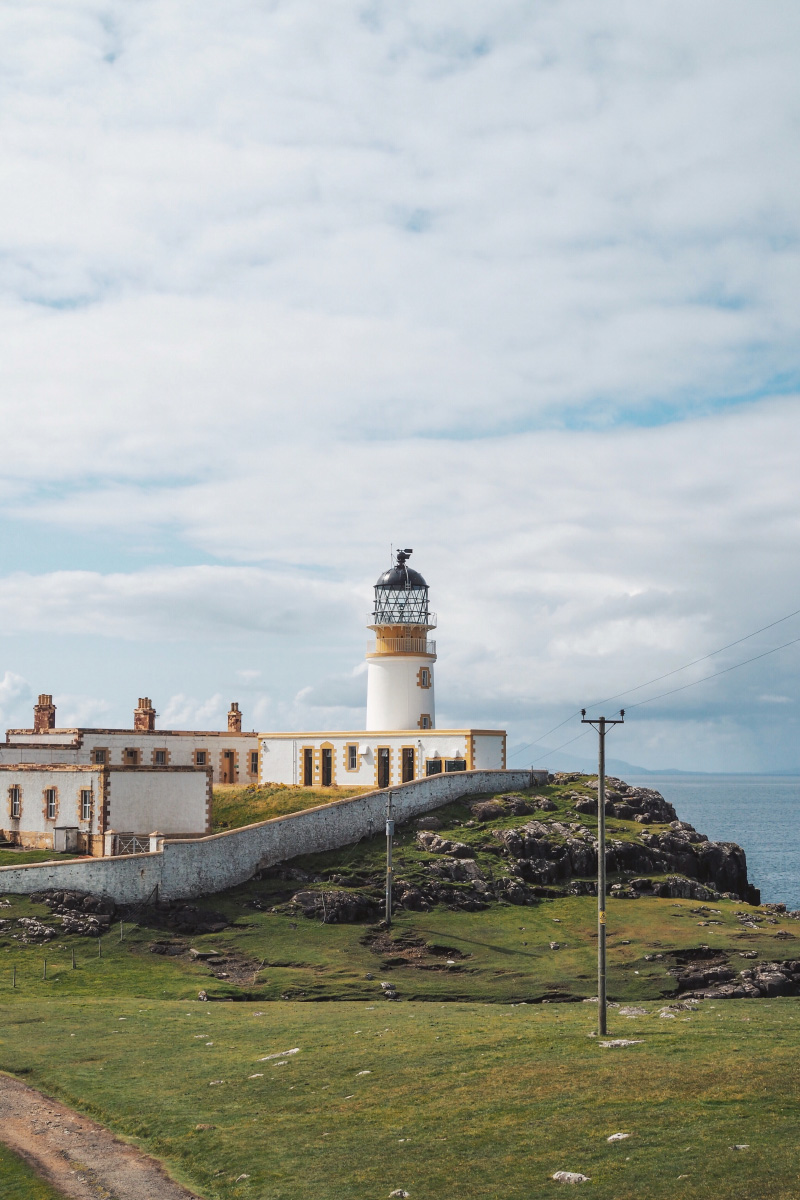 Le phare de Nest Point sur l'île de Skye en Ecosse