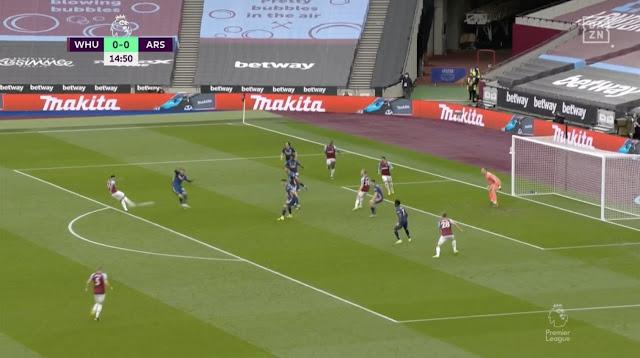 Jesse Lingard scores a screamer for west hame against Arsenal