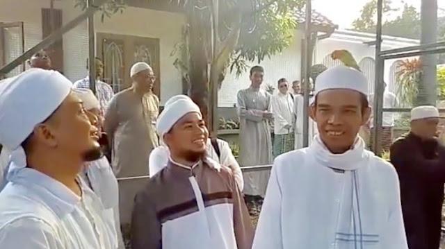 Akankah Abdul Somad Dengarkan Arifin Ilham untuk Jadi Ulama-Umara?