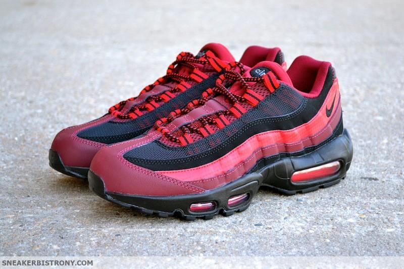 SNEAKER BISTRO Streetwear Served w| Class: Nike Air