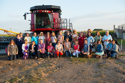 CommonGround Iowa's Ladies Night Out: Banquet in the Field, bring women together to talk food, farming and family